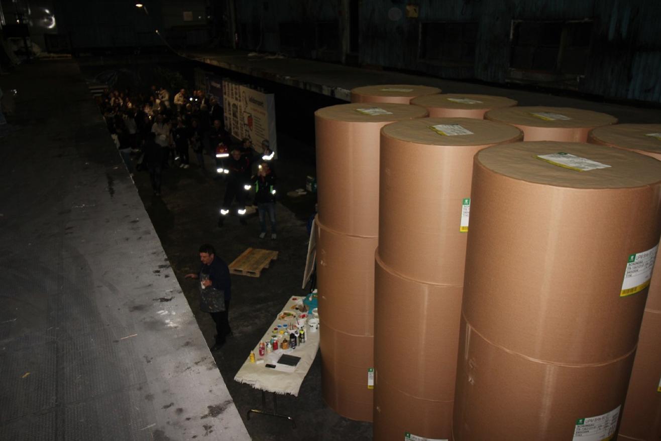 Le stockage des bobines de papier : impressionnant.